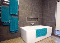 Contemporary Design 5 Bathroom 2